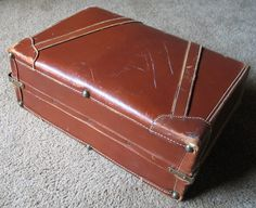 Mine has dividers inside . The exact same attaché.Vintage 1940s Horn Cognac Leather Satchel Briefcase Attaché Case Luggage