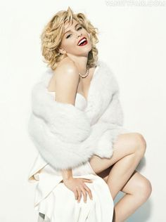 Elizabeth Banks ✾ as Marilyn Monroe Hollywood Vanity Fair Beautiful Celebrities, Beautiful Actresses, Gorgeous Women, Beautiful People, Elizabeth Banks, Marilyn Monroe, Norman Jean Roy, Hollywood Vanity, Glamour Beauty
