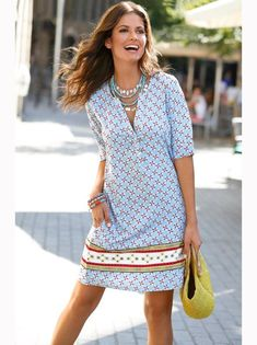 Summer Inspiration | Casual Shift Dress | Love the colour combo of light blue and orange #dress #springfashion #summerstyle