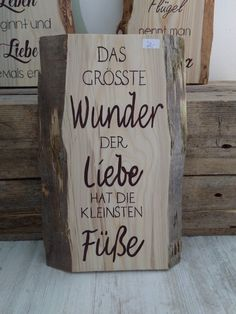 Galerie Hölzer – Scripture sayings in rind wooden signs Gallery Hölzer … - Modern Rustic Signs, Wooden Signs, Baby Hacks, Sign I, Family Quotes, Life Quotes, Scripts, Baby Love, Hand Lettering
