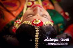 Flower Jewellery For Mehndi, Mehndi Flower, Flower Jewelry, Indian Wedding Jewelry, Bridal Jewelry, Baby Shower Photography, Haldi Ceremony, Baby Shower Flowers, Real Flowers
