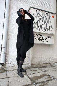 Oversize Black Loose Casual Top / Asymmetric Raglan by Aakasha, $79.00