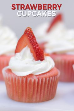Easy Homemade Recipes, Homemade Donuts, Fun Desserts, Delicious Desserts, Dessert Recipes, Perfect Cupcake Recipe, Strawberry Cupcake Recipes, Mixed Berry Pie, Sheet Cake Recipes