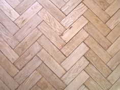Google Image Result for http://img.ehowcdn.com/article-new/ehow/images/a06/8k/ss/maintain-parquet-floors-800x800.jpg