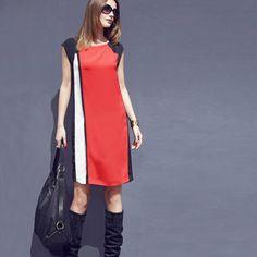 Rochie cu Joc de cusături contrastante şi paspoal lat-masuri mari. Decolteu rotund - Mânecuţe lăsate - Joc de cusături contrastante şi paspoal lat - Baza dreaptă - Lungime 97 - 103 cm în funcţie de mărimi - Mărimi 36 - 54. #rochiimarimimari Duster Coat, Dresses For Work, Jackets, Fashion, Cots, Down Jackets, Moda, Fashion Styles, Fashion Illustrations