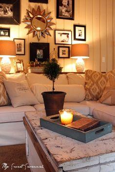 cozy living room - all white! looks cool! Cozy Living Rooms, My Living Room, Home And Living, Living Room Decor, Living Spaces, Small Living, Diy Home Decor Rustic, Home Decoracion, Parade Of Homes