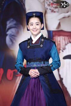 Goddess of Fire, #JungYi (2013), the adult characters: Moon Geun-young as Jung Yi/ Yoo Jung #kdrama
