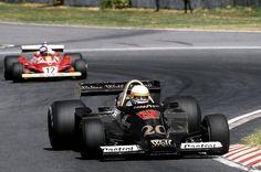 Jody Scheckter battles Gilles Villeneuve at Argentina 1978 Wolf F1 Racing, Road Racing, Grand Prix, Jody Scheckter, F1 Motor, Gilles Villeneuve, Formula 1 Car, Classic Motors, Car And Driver