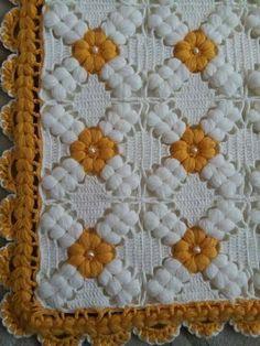 Crochet Bedspread Pattern, Granny Square Crochet Pattern, Crochet Blanket Patterns, Baby Knitting Patterns, Crochet Stitches, Crochet Cushion Cover, Crochet Cushions, Crochet Pillow, Baby Blanket Crochet