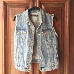 Washborn denim vest. NWOT Washborn denim vest. Perfect to throw on over a dress or with a scarf......perfect condition! Could easily fit a medium as well. Washborn Jackets & Coats Vests