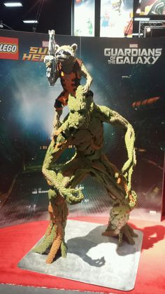 """""""OH YEA! ..."""" - """"I AM GROOT! """" #lego gotg master builder display.#SDCC"""