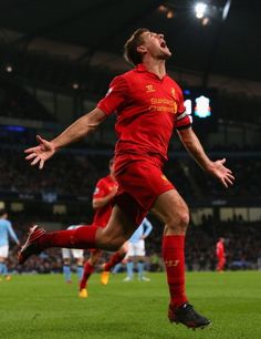 This is what it means to score for Liverpool Football Club. Liverpool Football Team, Liverpool Captain, Liverpool Legends, Best Football Team, Liverpool Fc, Football Soccer, Football Shirts, Steven Gerrard, Good Soccer Players