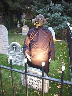 A Website Dedicated To Halloween Prop Tutorials