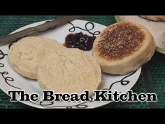 English Muffin is another British bread cooked on a hot surface rather than in an oven. Split in half, toast, spread with butter and top with jam, cheese or . English Muffin Recipes, English Muffin Bread, Homemade English Muffins, English Food, No Yeast Bread, Bread Baking, Bread Recipes, Cooking Recipes, Bread Kitchen