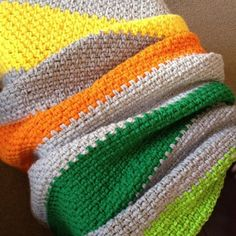 Bold Stripes ~ Moss stitch