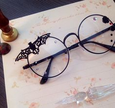 Black Lolita Gothic Style Glasses – Fashion Trends To Try In 2019 Kawaii Accessories, Jewelry Accessories, Fashion Accessories, Cute Glasses, Glasses Frames, Lunette Style, Fashion Eye Glasses, Accesorios Casual, Kawaii Clothes