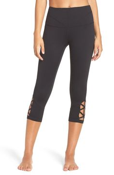 c7aa492a36aec 21 Best Active images | Fitness fashion, Fitness gear, Workout outfits