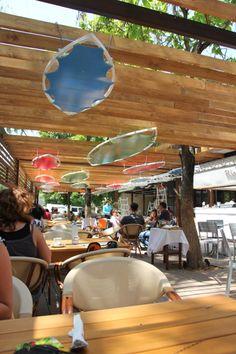 Am Început cu Stângul Prima Vizită la Terasa Riviere Brasserie - FoodCrew Marie, Restaurant