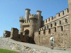 7 Spectacular Castles in Spain