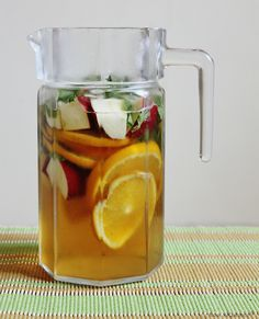 Saudi Champagne Ingredients 1 litre apple juice 1 litre sparkling water ½ apple (chopped into small pieces) ½ orange (cut into small pieces) Bunch/handful of mint leaves (roughly chopped) Mix and add ice!! Maybe add diff slices of citrus too
