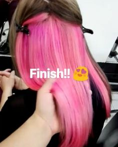Base en color rosa!  Agenda tu cita vía whatsapp  3159280114.  #pinkhair #manicpanic #manicpanicnyc #lovecolor #lovehair #hairstyle #hairdresser #peluqueriabogota #changelook
