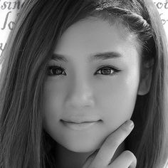 Beautiful face - www.pinterest.com/wholoves/Beautiful faces #beautiful #faces