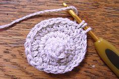 くまモチーフの編み方 [かぎ針編みレシピ・編み図と手芸雑貨のお店 Ronique] Free Pattern, Sewing Patterns Free