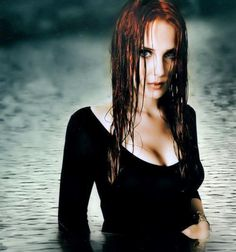 2009 - The Divine Conspiracy Promo Shoot by Stefan Heilemann - 008~52 - Simone Simons Daily