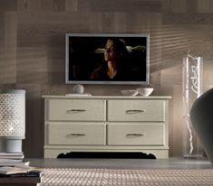 Comoda cu patru sertare Console, Dresser, Flat Screen, Chic, Interior, Furniture, Home Decor, Homemade Home Decor, Lowboy