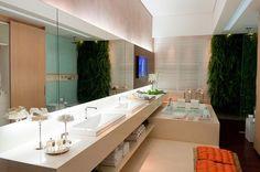 Um banheiro bem decorado, limpo e elegante chama a atenção de qualquer pessoa. Quem não gostaria de ter um banheiro daqueles lindos de revista? Uma banheira deliciosa, uma vista linda, materiais luxuosos, espaço de sobra... Devido à...