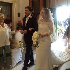 Grazie per questa foto! L'attimo più commovente del giorno.... #Sposa #passarosposa #passarostyle #weddingdress #bridal #bride #bridalcouture #bridetobe #wedding #weddingstyle #weddingday #matrimonio #salerno #napoli #fashion #instafashion #tv #styleblogger #fashionblogger #matrimonio #sposi #mariage #weddinginspirations #weddingideas #photowedding #instabride #novia #dettofatto #dettofattorai