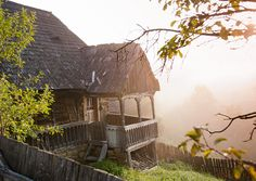 One Fine Day, Old Houses, Romania, Trip Planning, Beautiful Places, Places To Visit, House Design, Traditional, Landscape