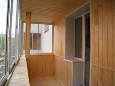 Блок Хаус позволит создать на балконе или лоджии уют деревенского дома