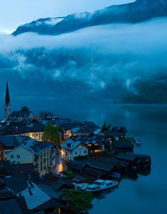 Dusk, Hallstatt, Austria // Weimin Chu