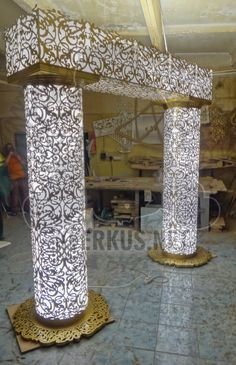 #light #columns #decor #metal #lasercut #decor #лазернаярезка #металл #столб #свет #декор #арка #arc Columns Decor, Entrance Decor, Roof Ceiling, Ceiling Lights, Mandir Design, Pvc Pipe Crafts, Pillar Design, Laser Cut Metal, Pooja Rooms