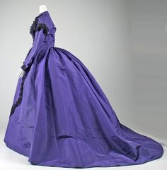 Visiting dress (side view), 1863.