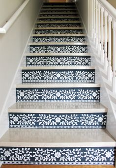 Swoonworthy Staircase Makeover Ideas Painted Staircases and Painted Runners - - Step up your decor with a beautiful staircase makeover! Check out these swoonworthy staircase makeover ideas featuring stenciled and painted staircases. Stenciled Stairs, Painted Stairs, Painted Wood, Brick Steps, Painted Staircases, Marble Stairs, Floating Stairs, Wood Stairs, Tile Stairs