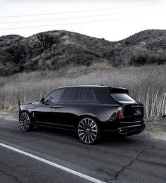 Rolls Royce Wraith, Rolls Royce Phantom, Auto Rolls Royce, Bentley Rolls Royce, Rolce Royce, Rolls Royce Cullinan, Squad, Top Cars, Expensive Cars