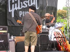Steve Blevins playing Gibson Summer jam 2007