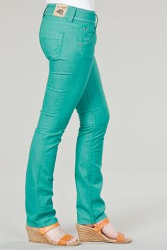 I tried these jeans on last night and fell in LOVE!!!   Vault Denim Online Jean Party - Emerson Edwards