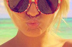 Image uploaded by Luísa. Find images and videos about girl, summer and beach on We Heart It - the app to get lost in what you love. Pink Summer, Summer Of Love, Summer Girls, Summer Fun, Summer Time, Summer Beach, Summer Swag, Summer Days, Sunny Beach