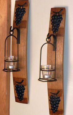 Wine Barrel Stave Wall Sconce with Basket and Grapes. via Etsy. Wine Theme Kitchen, Wine Barrel Crafts, Barris, Wine Barrel Furniture, Barrel Projects, Wine Craft, Wine Decor, Bourbon Barrel, Sconces