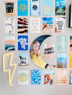 teen room decor caitysprints on insta Cute Room Ideas, Cute Room Decor, Teen Room Decor, Pinterest Room Decor, Photowall Ideas, Bedroom Wall Collage, Bedroom Posters, Dorm Room Designs, Bedroom Designs