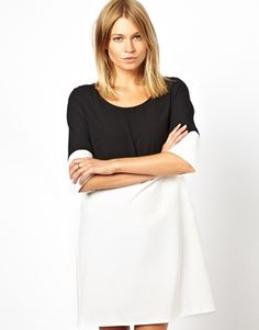 Love Shift Dress in Colour Block with Sleeve