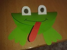 žába - frog Paper Plate Crafts, Paper Plates, Diy And Crafts, Crafts For Kids, Spring Art Projects, Zoo, Frog Art, Letter F, Summer Art