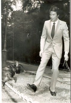 Pierre Brice loves animals, here with his dog Titus...