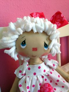 Frutos y Borregos.....(aaaw, this is a different look for a raggedy ann doll...and yet very cute! i like it!)....