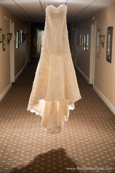 wedding dress by Martina Liana at perry hotel photo by Paul Retherford #weddingdress #perryhotel