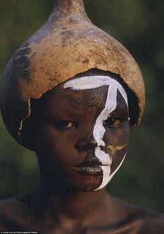 Omo-tribes-of-Ethiopia_11.jpg