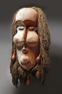 Yaka Kakuungu Mask, DR Congo…